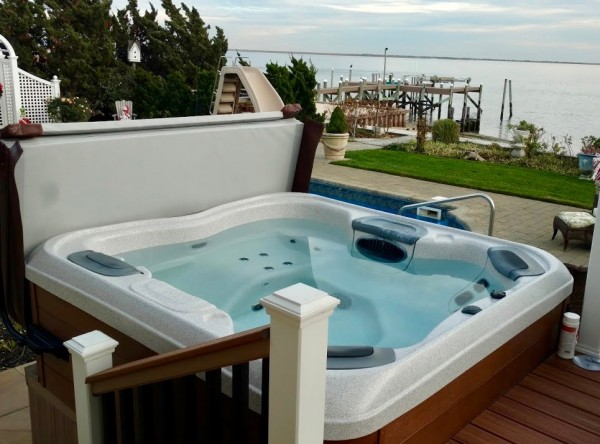 Keeping Your Hot Tub Running Well and Pristine Clean